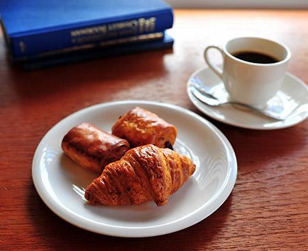 健康志向の朝食バイキング。